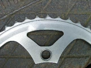 saw-tooth pattern on worn chainring